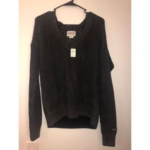Vs pink NWT charcoal sweater